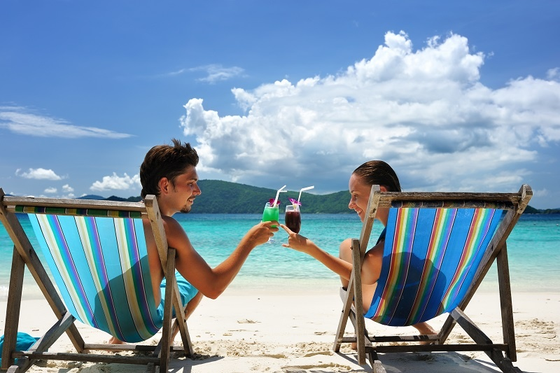 Tropical drinks couple.jpg